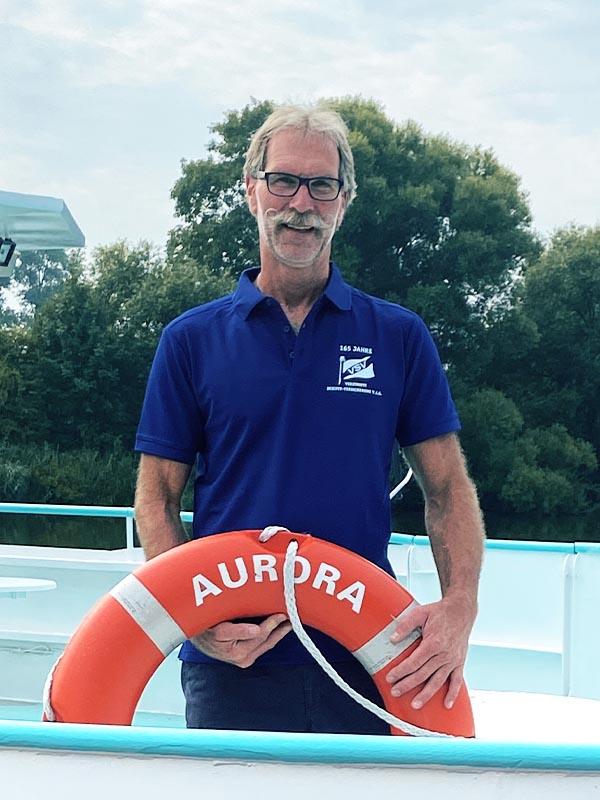 Salonschiff Aurora Geesthacht Kapitän und Inhaber Karl-Heinz Randel