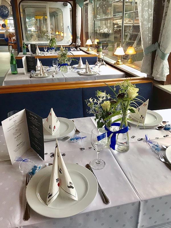 Salonschiff Aurora Geesthacht Hochzeitsfeier und Trauungen auf der Elbe