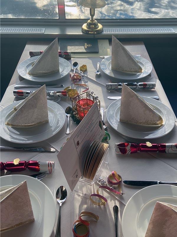 Salonschiff Aurora Geesthacht Charterfahrten für Geburtstagsfeier