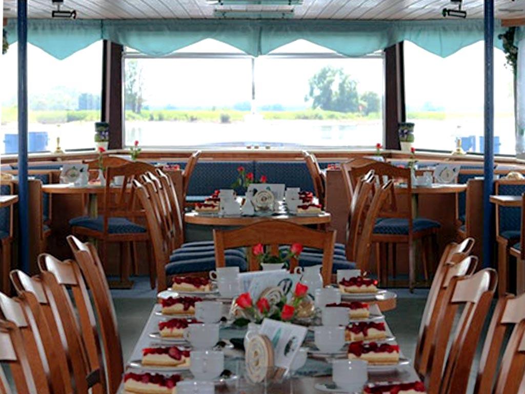 Salonschiff Aurora Geesthacht Kaffeefahrt auf der Elbe