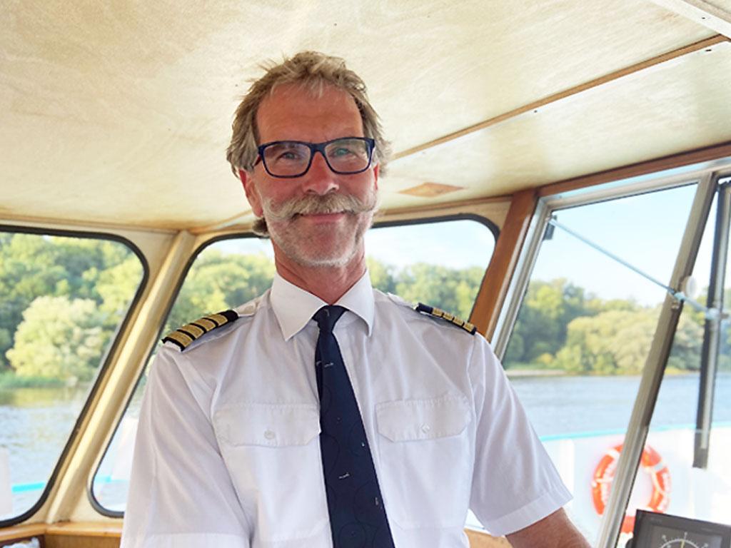 Salonschiff Aurora Geesthacht Kapitän Karl-Heinz Randel