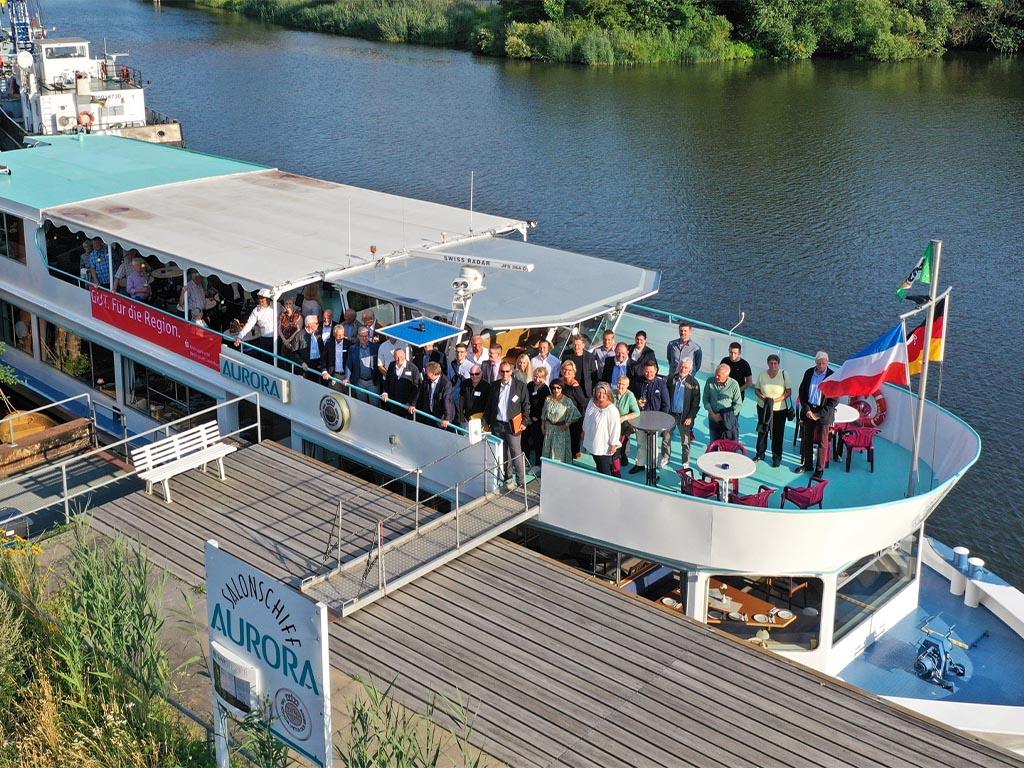 Salonschiff Aurora Geesthacht Anleger Menzer_Werft_Platz Drohnenluftaufnahme